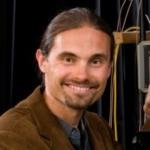 Prof. Lukas Chrostowski