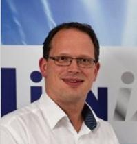 Dr. Arne Leinse